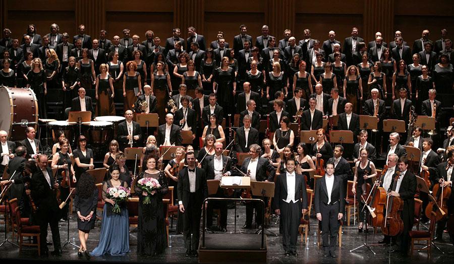 Resultado de imagen de Concierto de la Orquesta y Coro Titulares del Teatro Real